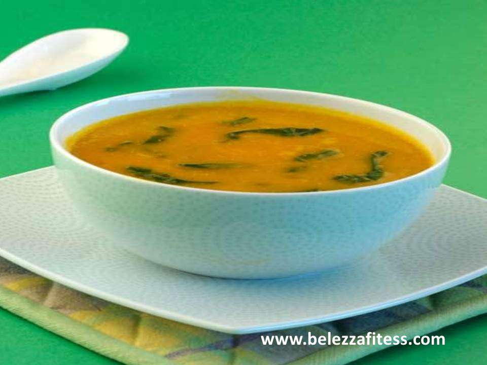 Carrot spinach soup