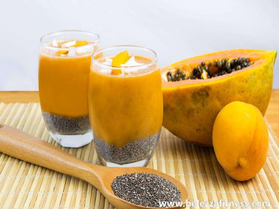 Frozen papaya smoothie